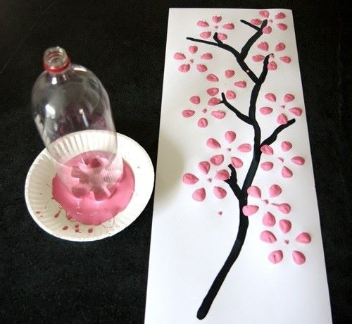 simply use an empty soda bottle and dip it in paint to create cute flowers!: Plastic Bottle, Cherries Blossoms, Pop Bottle, Ideas, Blossoms Trees, Sodas Bottle, Flowers, Art Projects, Cherry Blossoms