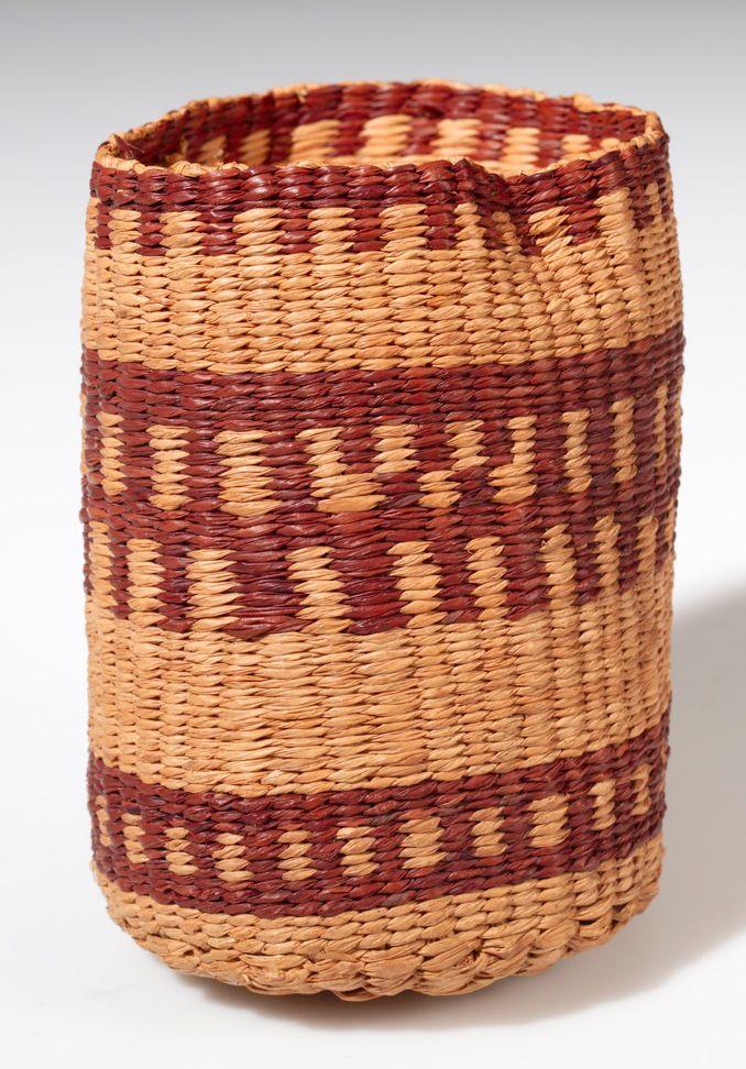les 133 meilleures images du tableau african art baskets west west central africa sur. Black Bedroom Furniture Sets. Home Design Ideas