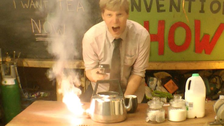 Inventor Colin Furze Shows How to Build a Thermite Kettle to Boil Water Even Faster