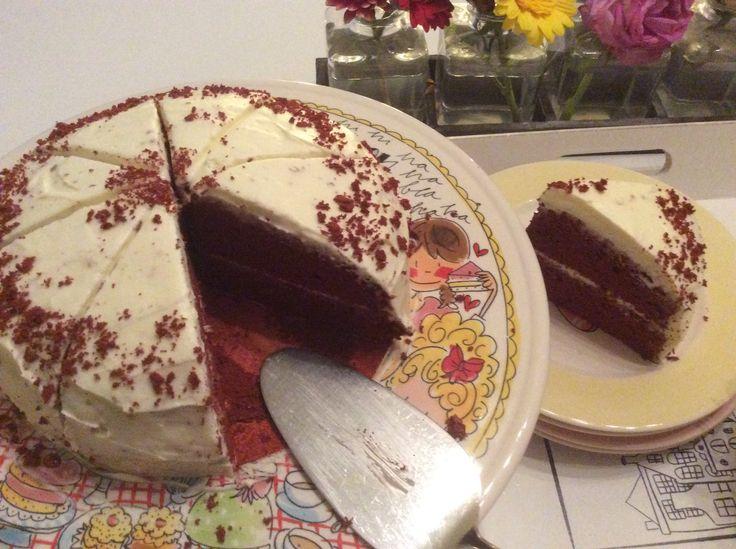 2016-10-14. Red Velvet taart. 7 tje. Pak van dr. Oetker!