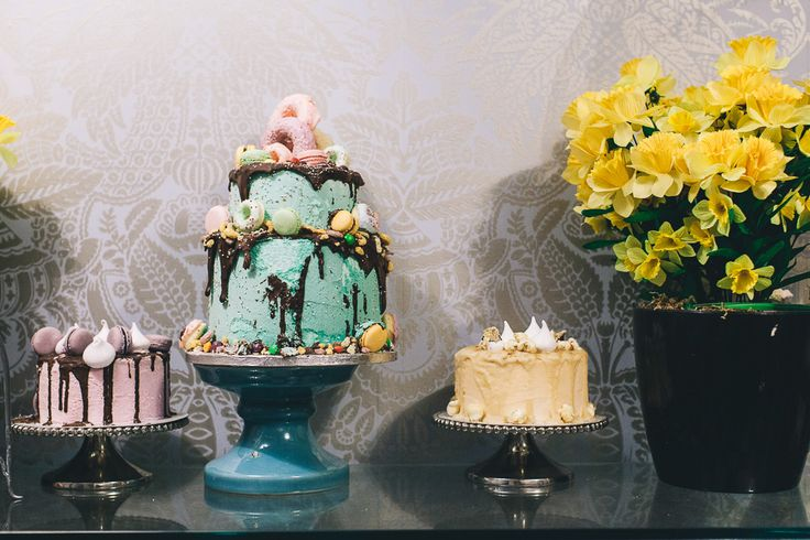Doughnut Cakes  | Sweet Treat | Dessert Table | Wedding Cake | Celebration Cake | Patisserie | | Image By Adam Crohill | http://rockmystyle.co.uk/reshmi-bennett-anges-de-sucre/#/
