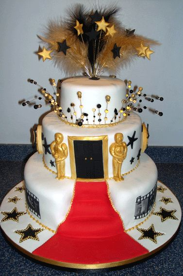 Hollywood Theme Cake Ideas | photo via 3d-pictures.feedio.net