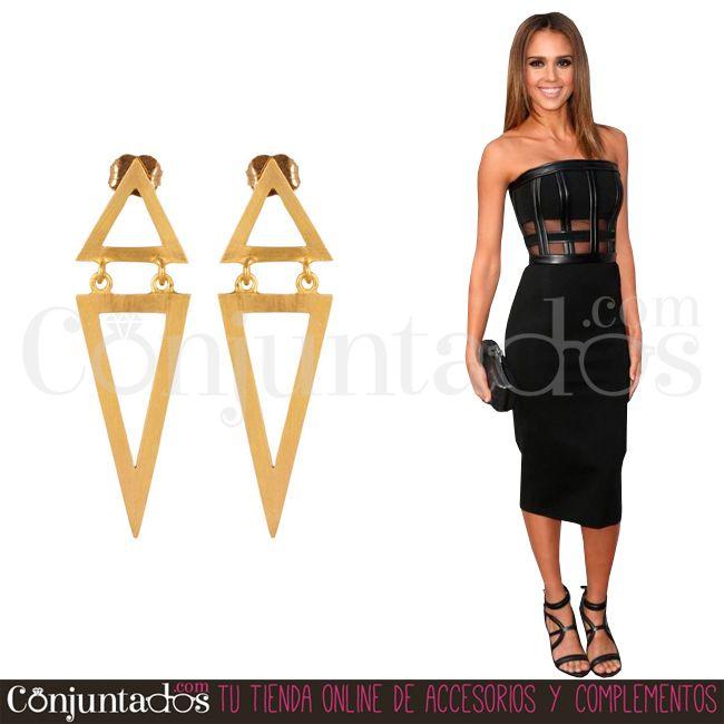 #Pendientes de corte rebelde, para mujeres seguras de sí mismas ★ 11,95 € en http://www.conjuntados.com/es/pendientes/pendientes-largos/pendientes-dorados-nancy.html ★ #novedades #earrings #conjuntados #conjuntada #joyitas #lowcost #jewelry #bisutería #bijoux #accesorios #complementos #moda #fashion #fashionadicct #picoftheday #outfit #estilo #style #GustosParaTodas #ParaTodosLosGustos