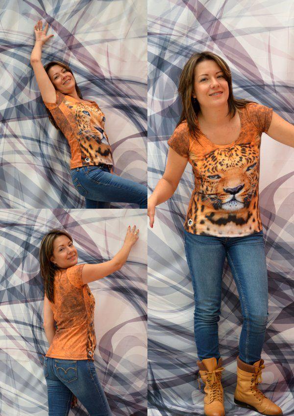 Camiseta leopardo- Mujer  Elaborada en %100 poliéster  Precio $ 45.000  Tallas S- M- L Whatsapp 312 393 6893 contacto@subligrafica.com