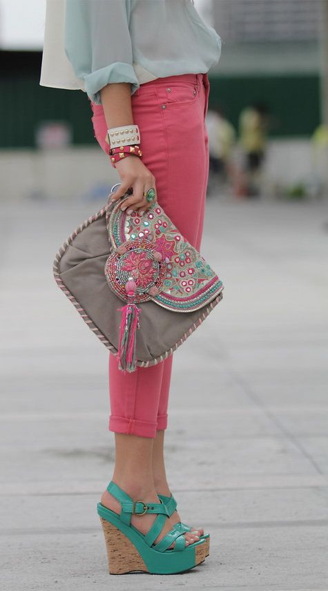 pretty colors: Pastel, Colors Combos, Coral Pants, Purse, Color Combos, Pink Pants, Outfit, Colors Schemes, Bags