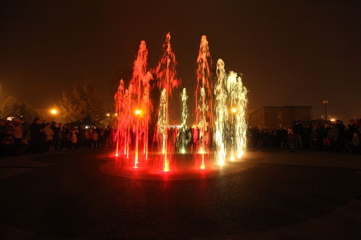 Fontanna w centrum Radlina. (foto: Remigiusz Śmietana)