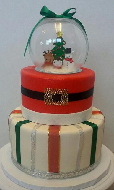 Snow Globe Cake, via Flickr.