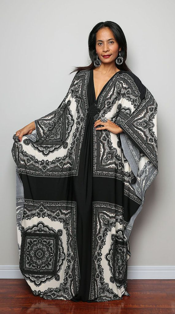 Black and White Maxi Dress   Boho Print Kimono by Nuichan on Etsy, $59.00