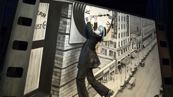 Harold Lloyd recreation for Pageant of the Masters.