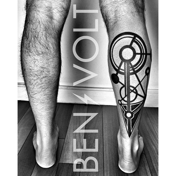 Blackwork Geometry Leg tattoo: