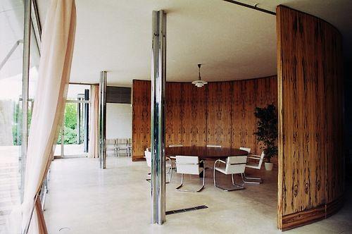 macassar dining room at villa tugendhat (1928-30)