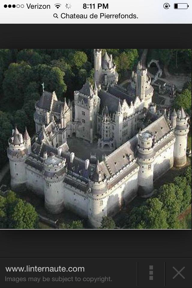 Castle idea to make for paper dolls