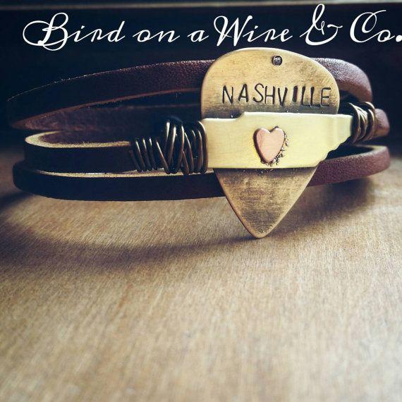 Nashville Tennessee Bracelet . Tennessee. by Birdonawirejewelry