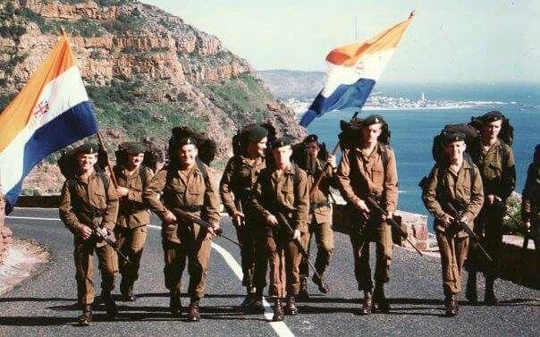 SADF troops doing traininging 1980s