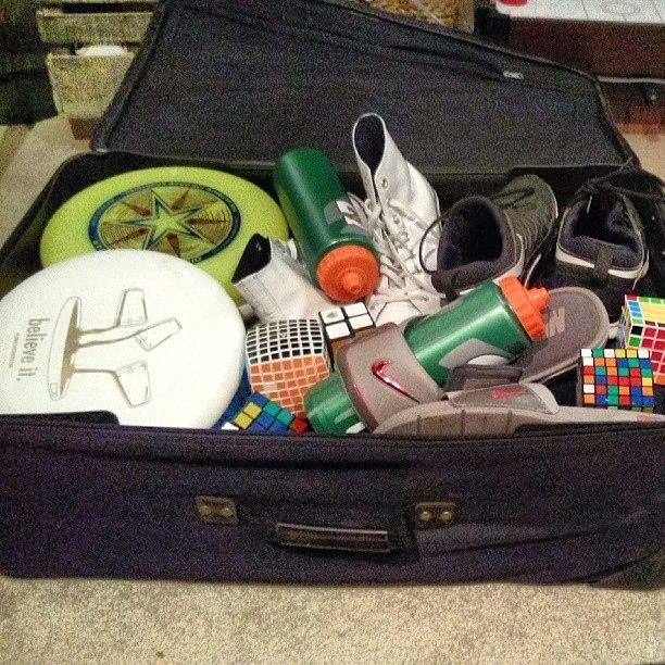 You only need to pack the essentials. | 29 Lessons You Learned At SleepawayCamp