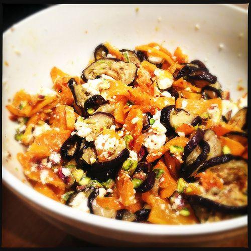 Salade met Gegrilde Pompoen, Aubergine en Feta