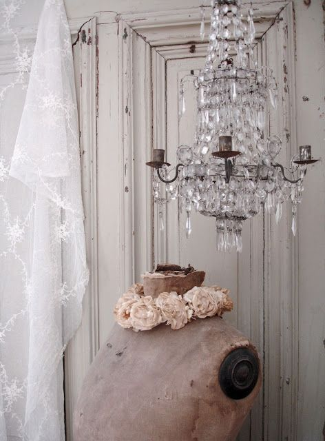 117 best images about chandeliers co on pinterest the chandelier french chandelier and. Black Bedroom Furniture Sets. Home Design Ideas