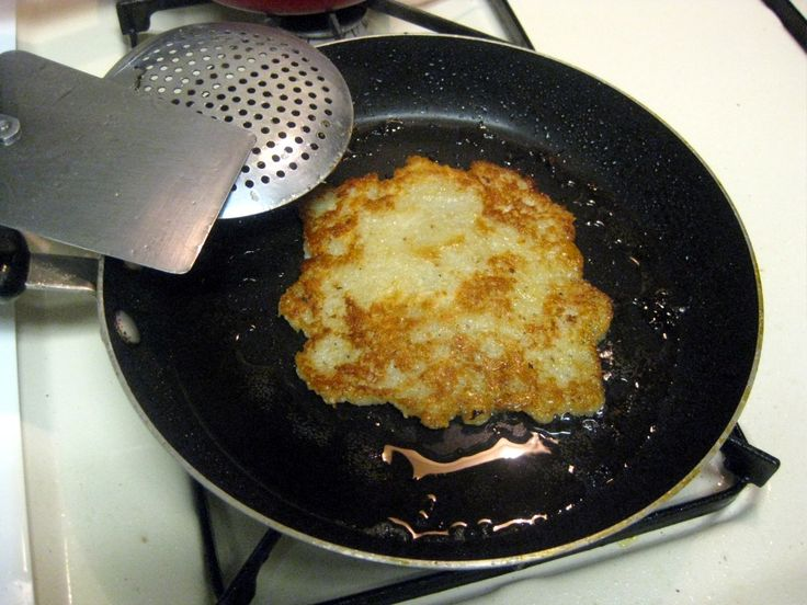 Slovak Recipes: Potato Pancakes (Zemiakové Placky) just sub one egg