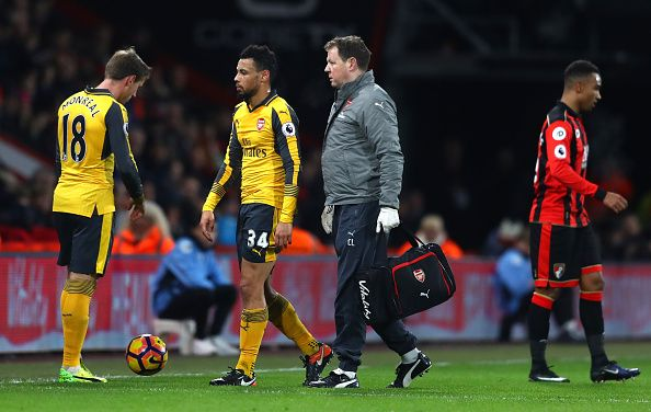 Arsenal injury news: Francis Coquelin and Laurent Koscielny forced off during Bournemouth draw - http://howto.hifow.com/arsenal-injury-news-francis-coquelin-and-laurent-koscielny-forced-off-during-bournemouth-draw/