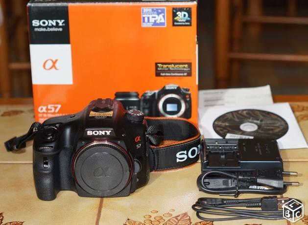Reflex Sony Alpha 57 + objectif Sony 18-55 SAM II