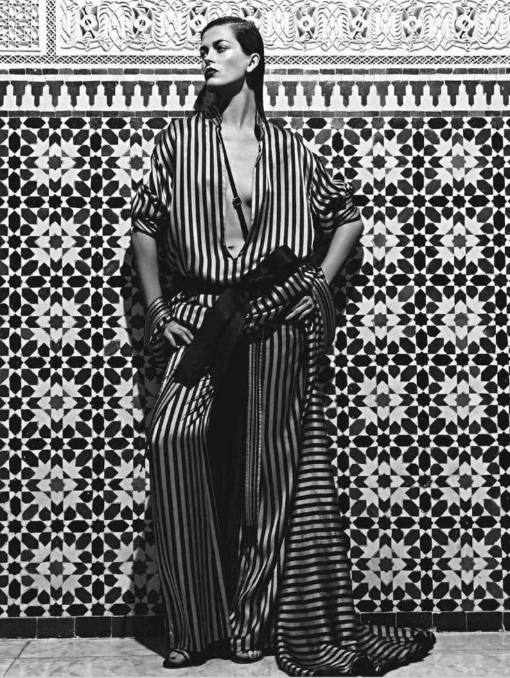 marrakesh - black and white…stack those bracelets high!