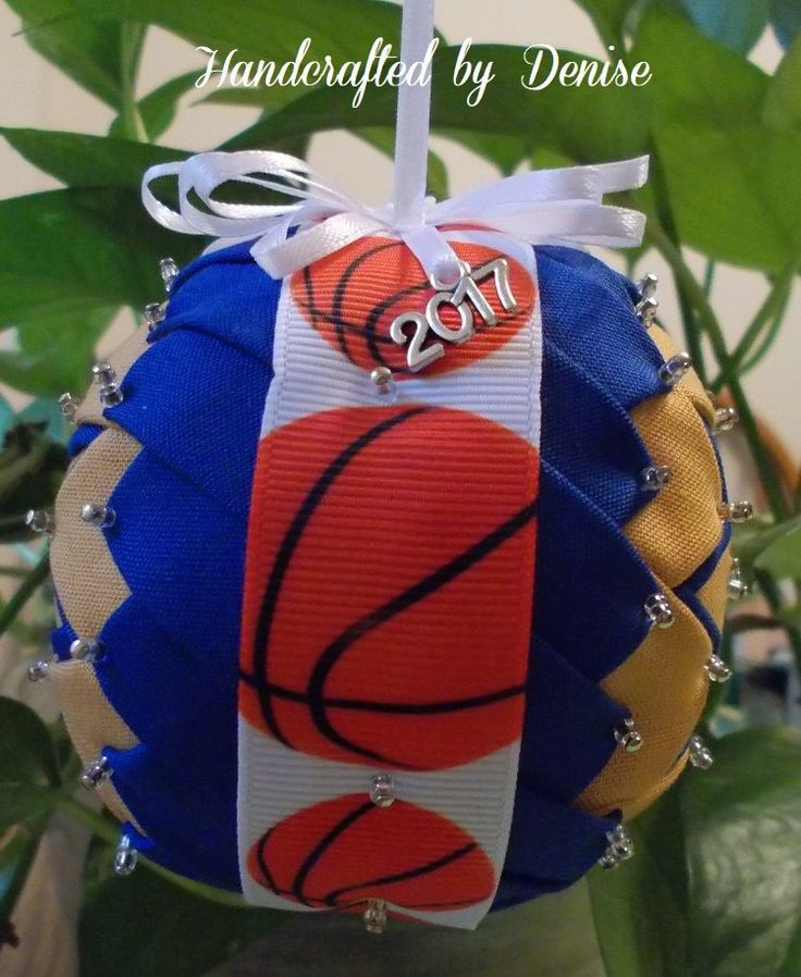 Order your team colors today with this ribbon.   #Basketball #customorder  #HandcraftedByDenise #fabric #handmade #ornament