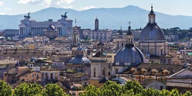 I 10 posti della Capitale che bisogna vedere assolutamente almeno una volta.  Perchè non farlo proprio durante le festività del Capodanno 2015 a Roma?