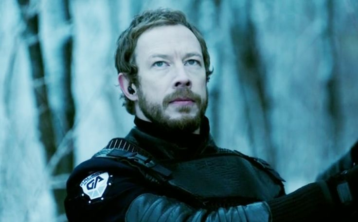 Kris Holden-Ried as Chief Inspector Kierkan of the Galactic Authority.