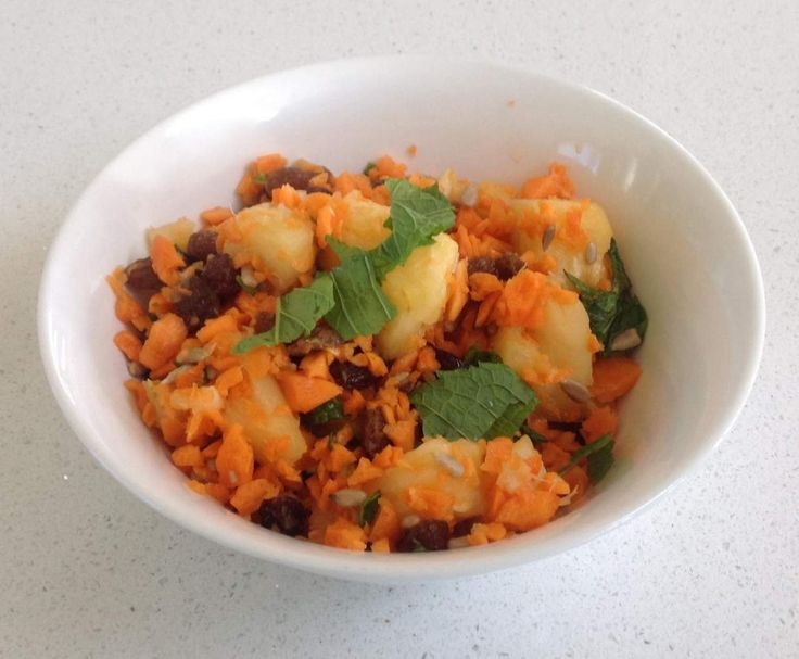 Recipe Pineapple, carrot and raisin salad by Kerry Nicole - Love My Bimby - Recipe of category Side dishes