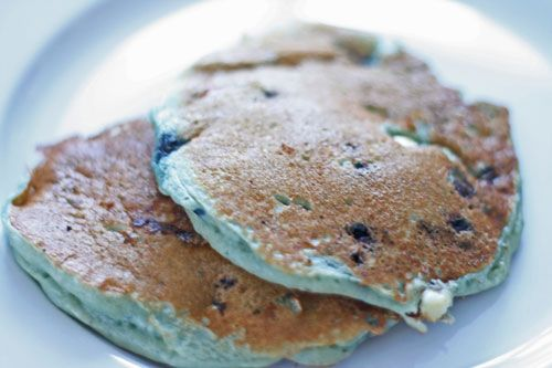 Blueberry And White Chocolate Buttermilk Pancakes Recipe — Dishmaps
