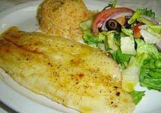 INGREDIENTES 2 filetes de pescado, merluza, pargo, atún, etc sal, oregano, pimienta al gusto jugo de limon 3 cucharadas de harina de trigo ...