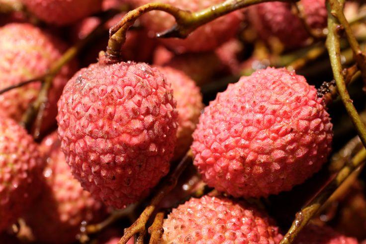 Letchis / Litchis fruits #mauritius #memoris #sharingmemoris