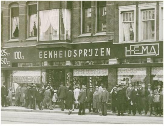 4 november 1926 HEMA opent haar eerste winkel op de Kalverstraat