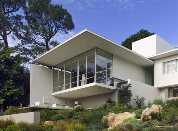 Gubbins House, Capetown, designed by Antonio Zaninovic Architecture Studio in collaboration with Rees Roberts & Partners