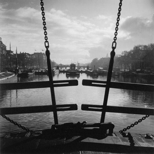 Amsterdam 1934 Photo: Wolf Suschitzki