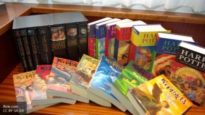 """Фанаты """"уничтожили"""" все экземпляры новой книги о """"Гарри Поттере"""""""