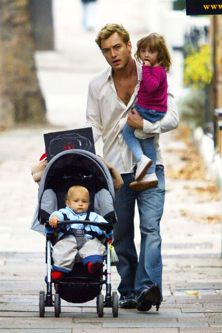 Jude Law ~ The 42 Hunkiest Celebrity Dads of All Time  - ELLE.com