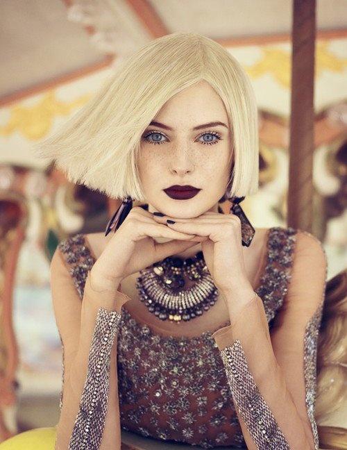 :OFashion, Bobs, Shorts Hair, Darklips, Beautiful, Blond, Hair Makeup, Dark Lips, Lips Colors