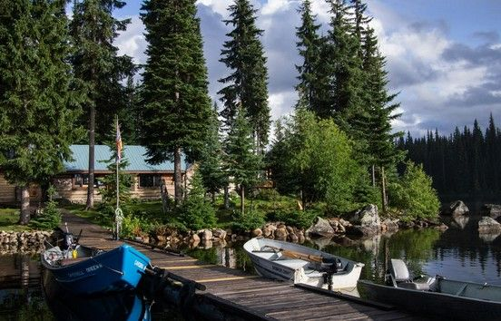 Basing your fishing vacation at one of the many luxurious British Columbia fly fishing lodges is the best way to fully enjoy a unique wilderness fishing experience. In times past, this sort of wilderness lodge adventure was only accessible after a lengthy and grueling journey on horseback or on foot, but nowadays it is only an easy flight or boat ride away.