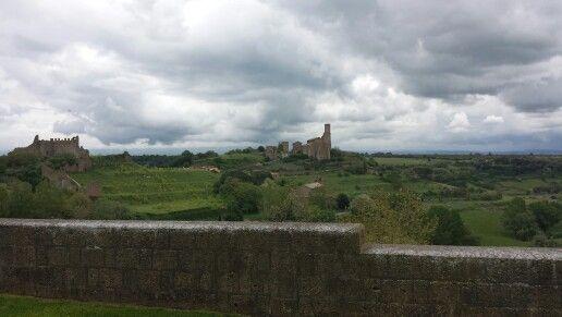 Tuscania - Lazio aprile 2014