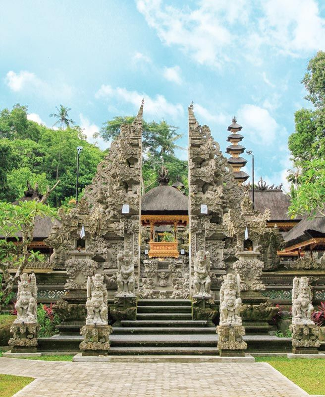"""""""The evergreen wonder of Ubud has many historical sites waiting to be explored. One of them is Pura Gunung Lebah at Tjampuhan, just 1,5 kilometer from Ubud central market. """""""