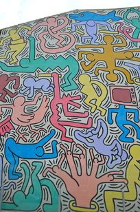 Did you know that Keith Haring loved Pisa? He created this mural while visiting the city. Tuttomondo is the name of this mural www.pisaisall.com