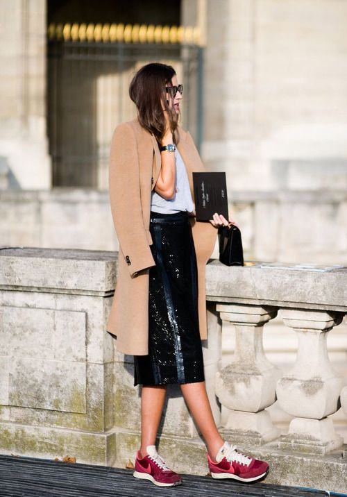 Camel Coats, Sporty Chic, Fashion, Sequins Skirts, Leather Skirts, Street Style, Pencil Skirts, Sneakers