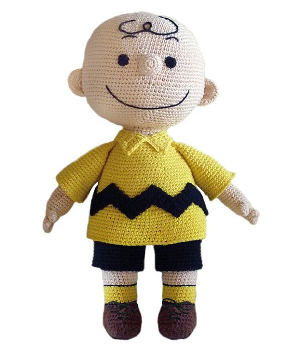 Crochet Pattern - Charlie Brown Virkmönster - Karl i Snobben Crochet pattern in English, Swedish and Espanõl För svensk info, se längre ner. My husband is a dedicated Charlie Brown fan. He was very happy to see his idol come to life in a crochet version. Fortunately I remembered