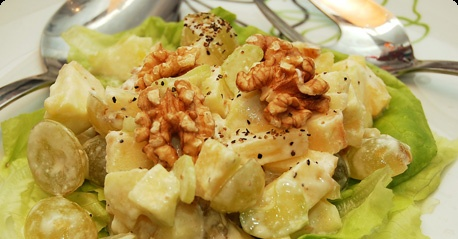 Traditional Waldorf Salad
