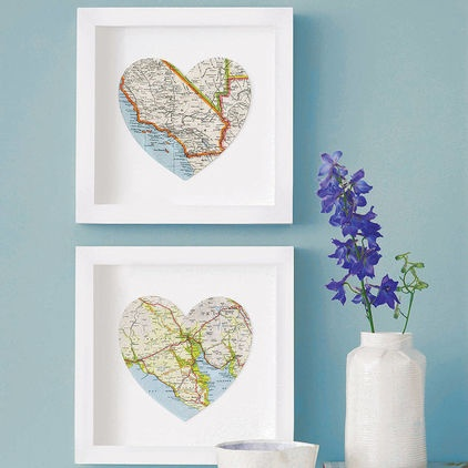 Map Hearts - I haven't been able to get these map hearts out of my mind since spotting them a while back. I have a real thing for maps and globes.