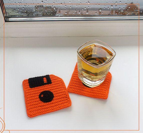 Вязаные подставки Дискеты/Crochet coasters Floppy Disk  #вязаниекрючком #вязаныеподставки #дискета #Crochetcoasters #Drinkcoasters #FloppyDisk