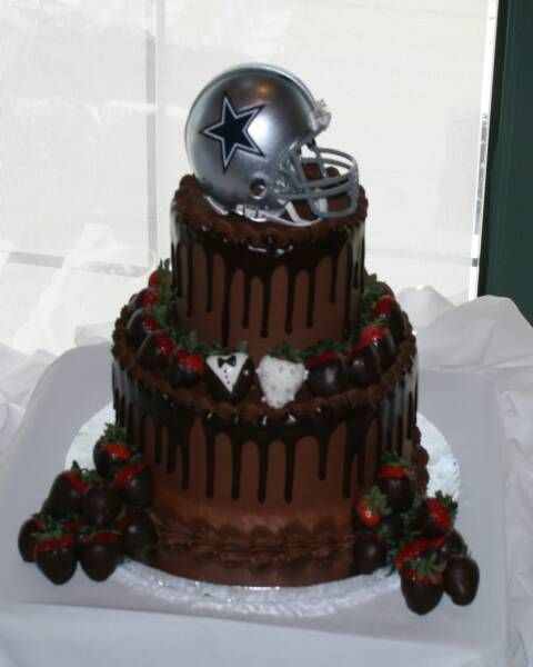 My husband Ronnie would love this Dallas Cowboy cake...I might have make it for him on his 39th birthday March 10,2012 I willl be baking it for him