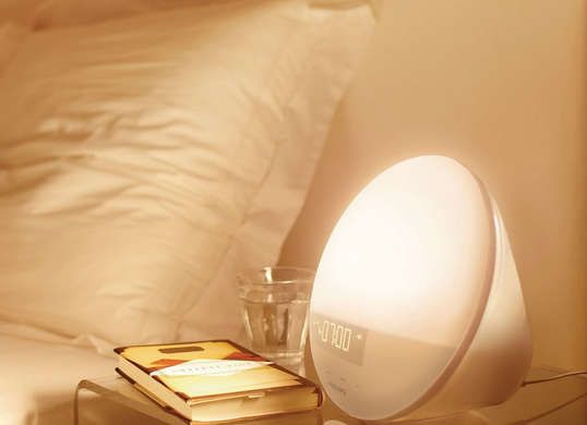 Make waking up on cold winter mornings a bit more pleasant with a sunrise alarm clock that wakes you up gradually by mimicking the light of the sunrise.