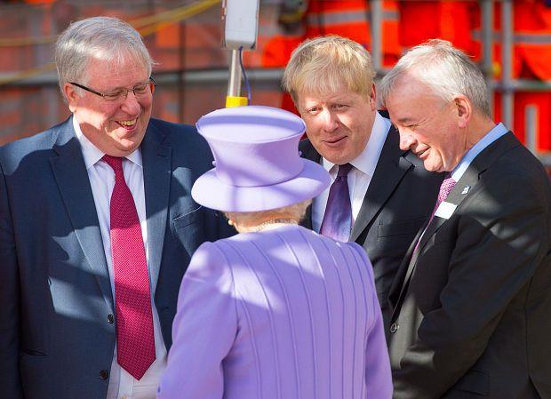 The Queen meets Patrick McLoughlin, Boris Johnson and Crossrail chairman Terry Morgan